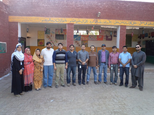 Telenor & ITA hands in hands for volunteerism - HAMQADAM project at GGPS Darkahan Wala, Multan